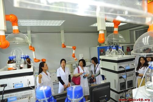 国家食品药品监督管理局举办药品检验检测开放